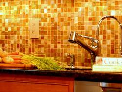 East Windsor backsplash detail